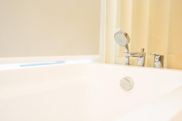 שירותי ניקיון אמבטיות ומקלחונים